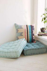 floor-pillows